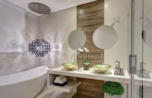 Banheiro do casal tem inspiração sofisticada e clean