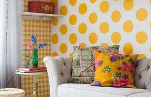 Cores e formas são sempre bem-vindas para decorar as paredes
