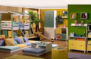 Evite pintar todas as paredes da mesma cor, escolha uma para dar destaque