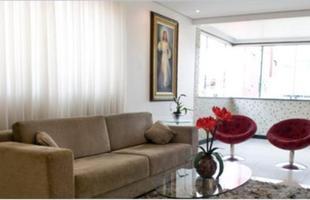 Quadros com temas reliogosos também podem decorar salas e quartos
