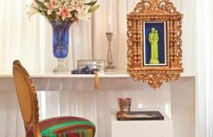 Opções não faltam - é possível decorar com oratórios, santinhos, quadros, castiçais