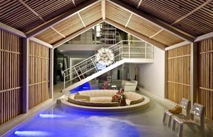 A modernidade está na Casa do Canto do arquiteto Leo Romano