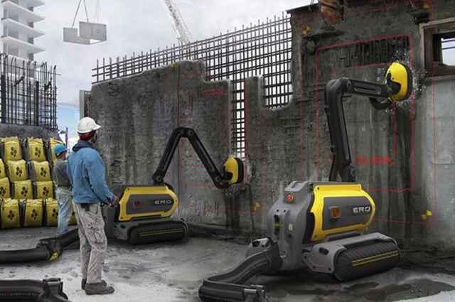 Robô age em superfície de concreto através de um jato d'água de alta pressão, com força suficiente para rachar e quebrar o concreto - Divulgação/Ero
