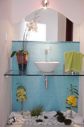 Nos espaços pequenos os minimalismos também encantam - Reprodução Internet/Blog Construindo Minha Casa Clean