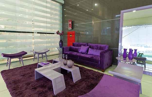 Para a decoração de interiores, a cor pode incorporar a cor em pintura, adornos e acessórios - Líder Interiores/Divulgação