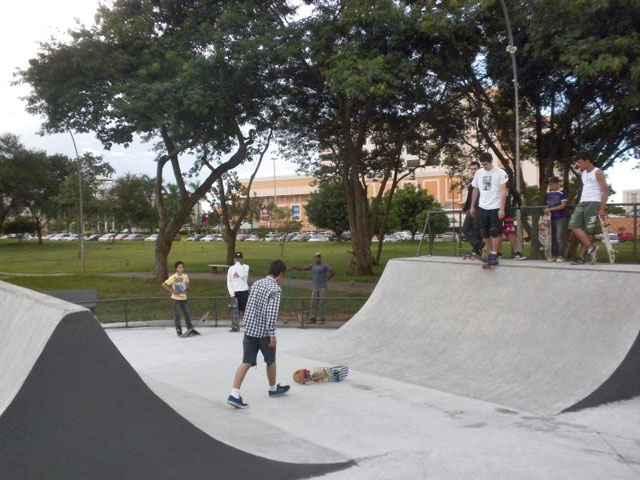 Parques e praças estão entre os equipamentos públicos prometidos pelo governo do DF nos conjuntos habitacionais do programa Morar Bem - Patricia Cagni/Esp. CB/D.A Press