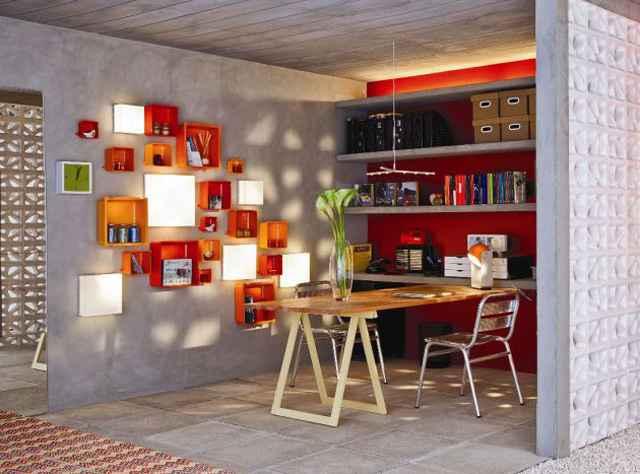 Em um escritório, o mobiliário deve ser prático e a iluminação focada - Leroy Merlin Brasília/Divulgação