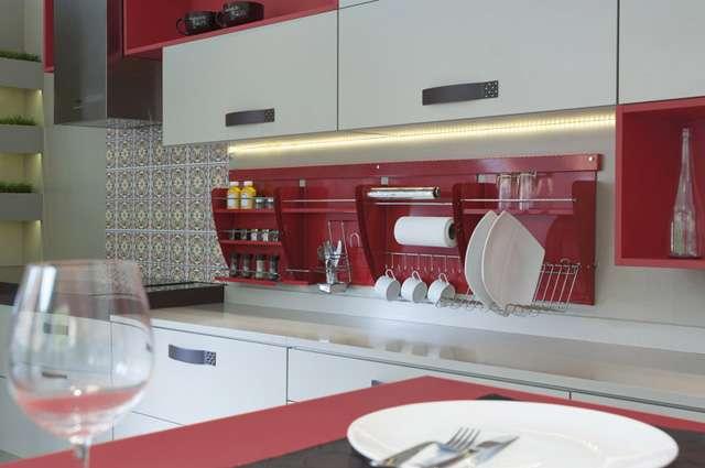Nichos organizadores para cozinha acomodam utensílios de forma prática - Divulgação/Masutti Copat