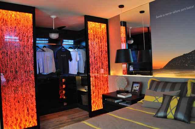 Para garantir a sofisticação e elegância aos closets, alguns detalhes se tornam indispensáveis - Dell Anno Savassi/Divulgação