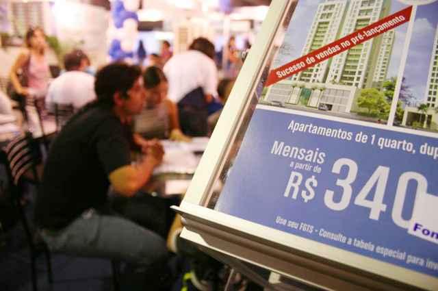 A estimativa é que as taxas de financiamento imobiliários aumentariam para cerca de 11% ao ano, caso o FGTS passe a ser corrigido pelo IPCA - Monique Renne/Esp. CB/D.A Press