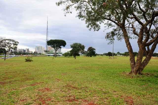 Com o texto atual, o PPCub permite a criação de um estacionamento na Esplanada dos Ministérios e a construção de prédios na 901 Norte - Daniel Ferreira/CB/D.A Press
