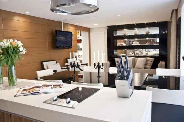 A proposta integra cozinha, sala de jantar e área de convivência %u2013 considerados os ambientes mais socais de qualquer residência - Divulgação/Ana Andrade