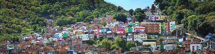 A favela Santa Marta já é mundialmente famosa pelo colorido - Joana Gontijo/EM/D.A Press