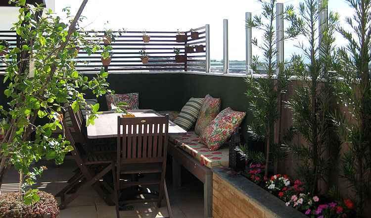 A ecomadeira tem boa indicação em deques, revestimento de paredes externas e móveis - Luciana Machado/Divulgação
