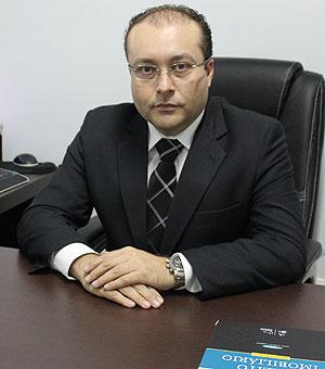 O advogado Alexandre Fadel recomenda verificar na Junta Comercial a habilitação de sites leiloeiros, para não cair em armadilha - Arquivo Pessoal