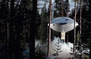 Com formato de um óvni, a Ufo Tree Hotel funciona como um hotel na Suécia