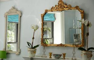Desde muito tempo, espelhos vêm proporcionando glamour a decoração dos ambientes
