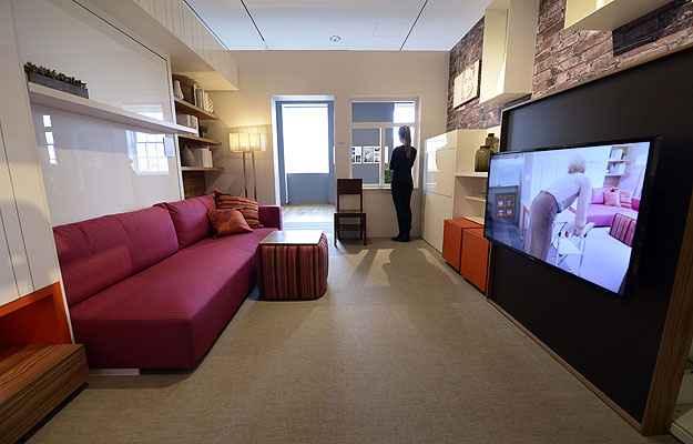 Foto mostra o micro-apartamento criado pela designer Julya Grundberg para exposição em Nova York: 30m² muito bem aproveitados - AFP/Photo