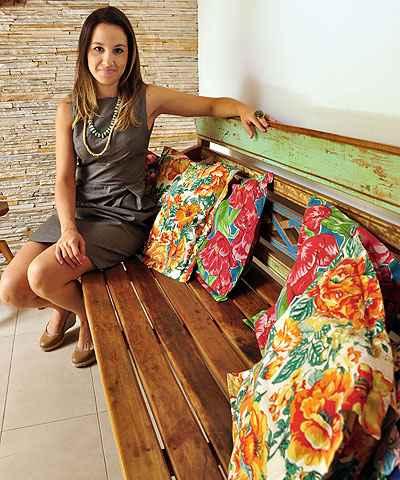 A arquiteta Marina Dubal diz que, com cautela, não há limites para usar as estampas em casa  - Eduardo de Almeida/RA Studio