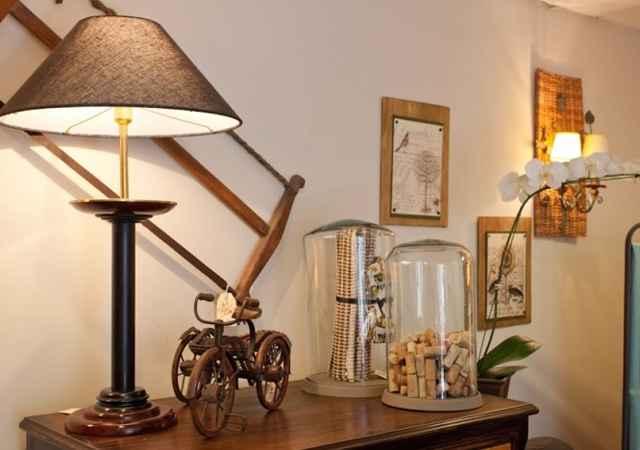 Abajures garantem charme à decoração - Hips Retro/Divulgação