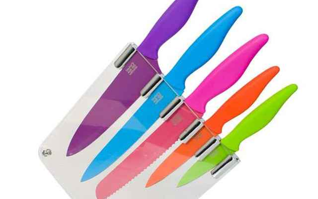 Com bom gosto e cuidado, as cores também podem estar presentes nos utensílios domésticos - Divulgação/ Taylors Coloured Kitchen