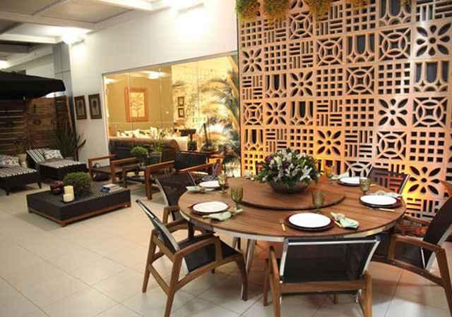 O cobogó pode ser usado como divisória de qualquer cômodo da casa, como sala, home-office, varanda e cozinha - Reprodução/Internet