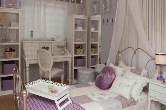 As penteadeiras voltam com tudo e reforçam a decoração do quarto em clima de glamour  - Divulgação