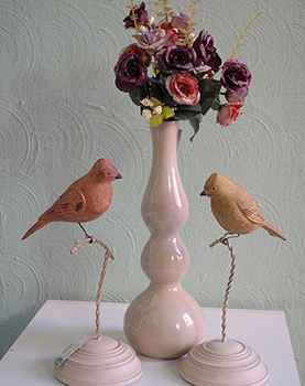 Os pássaros aparecem em diferentes formas, tamanhos e materiais - Carlos Altman/EM/D.A Press