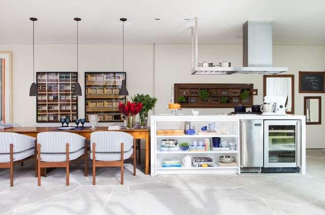 Espaço elaborado de acordo com o morador que utiliza o espaço gourmet como área de convivência e recepção de pessoas - Divulgação/Dado Castelo Branco