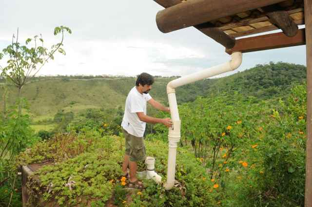 Prédios novos poderão ser obrigados a reaproveitar água da chuva