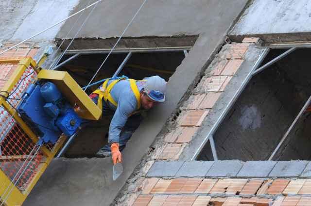 bdc8f24f3cb35 Cartilha Orientativa para Implantação de Segurança no Canteiro de Obras  apresenta noções básicas para os empresários