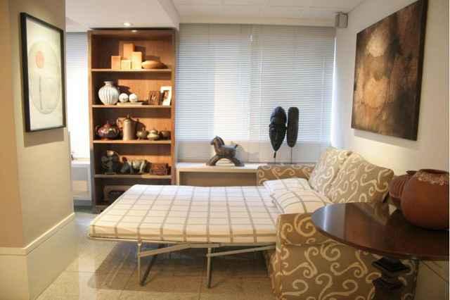 Aparadores, armários simples, sofá cama e pufes, figuram a lista de móveis coringas que podem se adaptar a qualquer ambiente - Monique Renne/Esp. CB/D.A Press