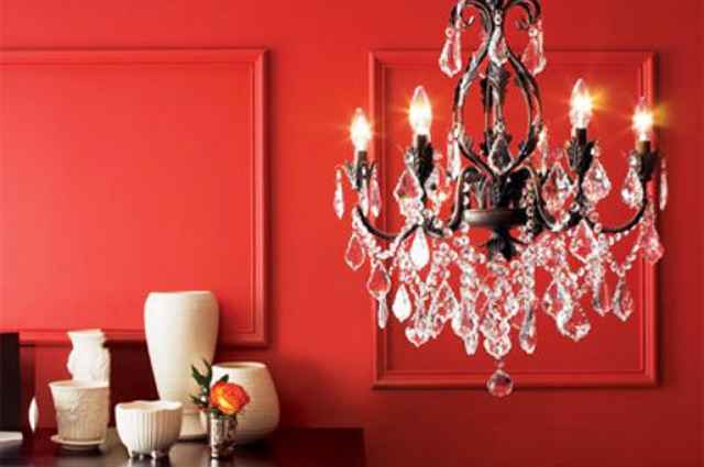 Independente da proposta de decoração, o lustre faz a diferença e torna o ambiente único - Reprodução/Internet