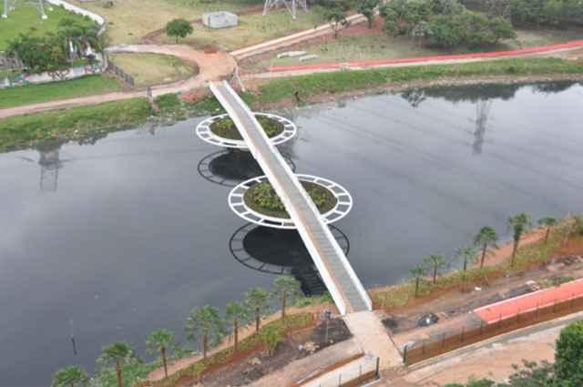 De acordo com os responsáveis pelo projeto, a expectativa é que a ponte incentive o uso de bicicletas e da rede de transporte público - Luis Laurini/Divulgação