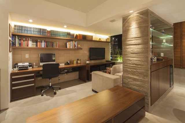 O uso de materiais nacionais também faz parte da brasilidade. Madeira, pedra e concreto fazem parte do design  - Joana França/Divulgação