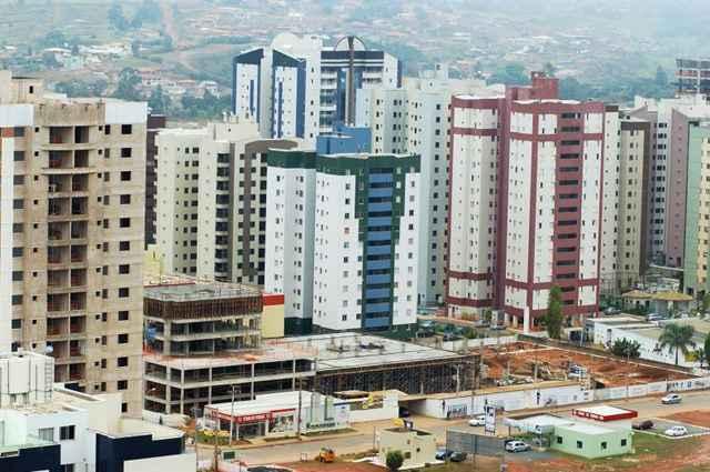 Preço do metro quadrado dos imóveis no Distrito Federal apresentou recuo de 0,3% na comparação ao registrado em dezembro de 2013 - Iano Andrade/CB/DA Press