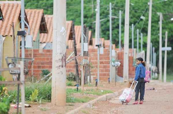 O combate ao déficit habitacional propõe a construção dessas moradias para famílias com renda mensal entre 0 a 3 salários mínimos - Bruno Peres/CB/D.A Press