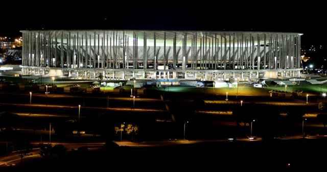 Entre os projetos antigos, estão os do Estádio Nacional Mané Garrincha e o do Cine Brasília, os dois já em funcionamento - Daniel Ferreira/CB/D.A Press