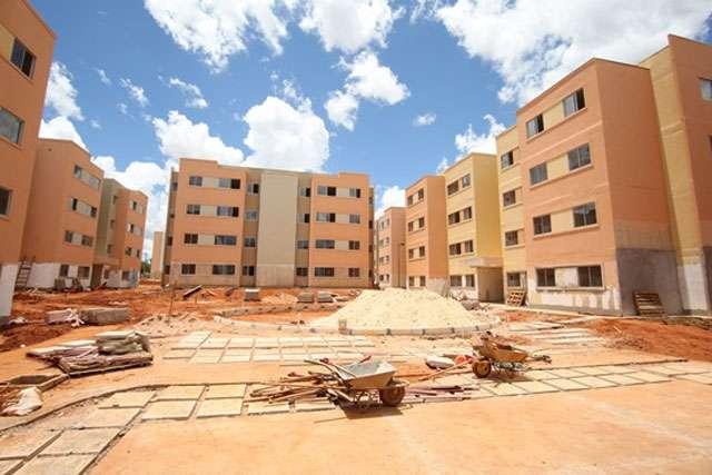 As unidades compõem a primeira fase de um conjunto habitacional que terá 6.240 apartamentos de R$ 65 mil cada - Reprodução internet/blogdomagela