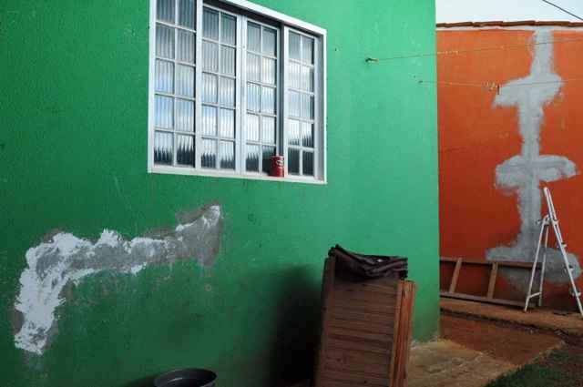 Rachaduras e problemas técnicos são reclamações que alguns compradores de casa pelo programa habitacional do governo se queixam  - Iano Andrade/CB/D.A Press