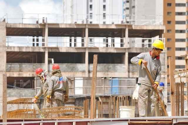 Sondagem da Indústria da Construção divulgada pela Confederação Nacional da Indústria apontou que a atividade no setor teve nova queda - Breno Fortes/CB/D.A Press