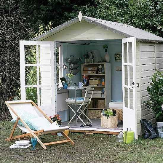 Escritório inteligente instalado no jardim dá clima confortável à rotina de trabalho - Reprodução/Internet