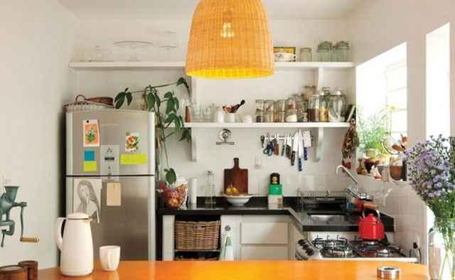 Também são opção para quem quer substituir os armários fechados da cozinha - Reprodução/Internet