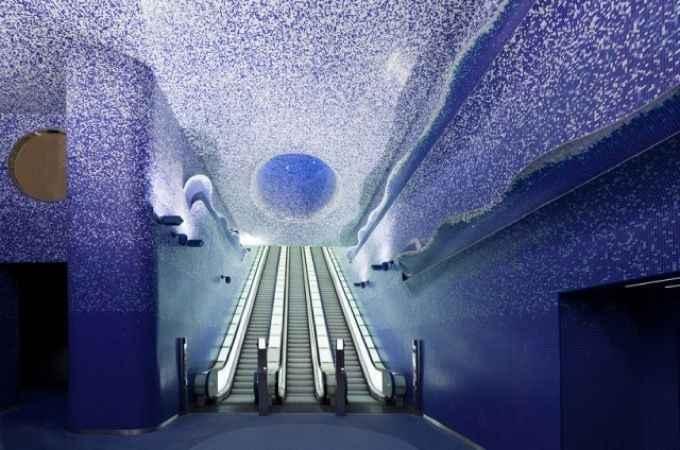 Napoli%u2019s Art Stations, Nápoles -  Italia - Reprodução / Internet