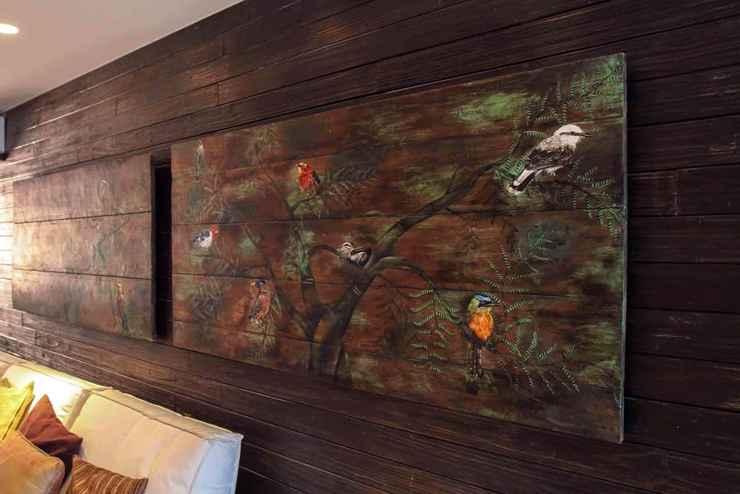 Este quadro foi feito de duas portas antigas de Tiradentes - Allan Santos/Divulgação