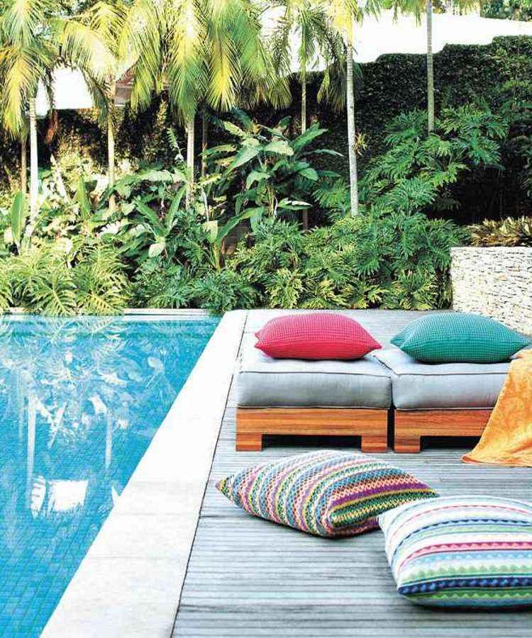 Para este verão, foram valorizados os tons clássicos e o colorido aparece na estampa - Gabriel Arantes/Divulgação