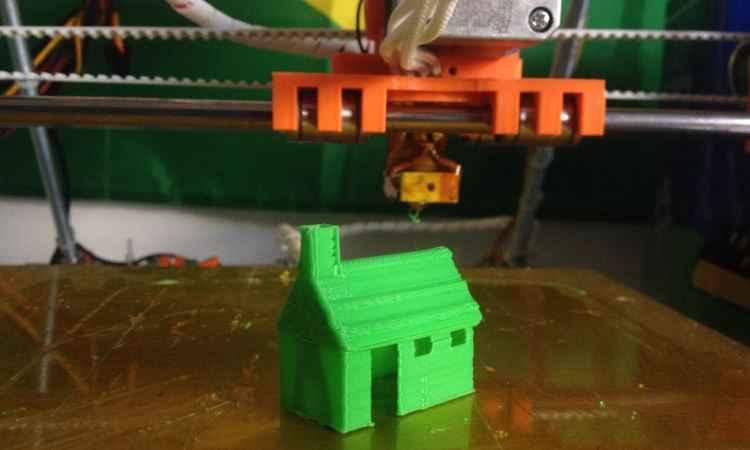 O projeto da InovaHouse3D começou com uma simples impressora 3D que fazia objetos plásticos -